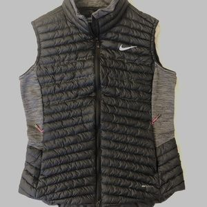 "Nike Golf ""aeroloft"" synthetic fill vest"